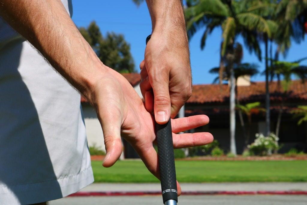 proper-golf-grip-1