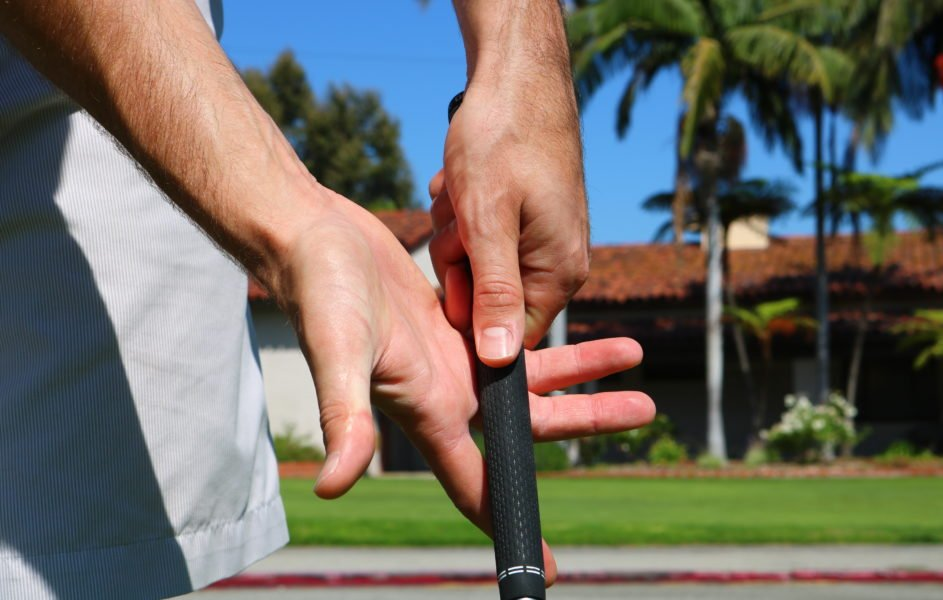 Proper Golf Grip: 8 Simple Steps To A Better Grip