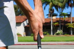 Golf-Grip-Both-Hands