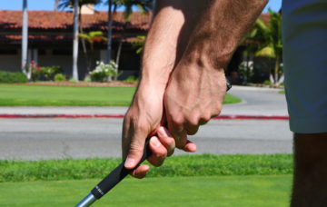 The Key Golf Grip Pressure Points For a Smooth Swing
